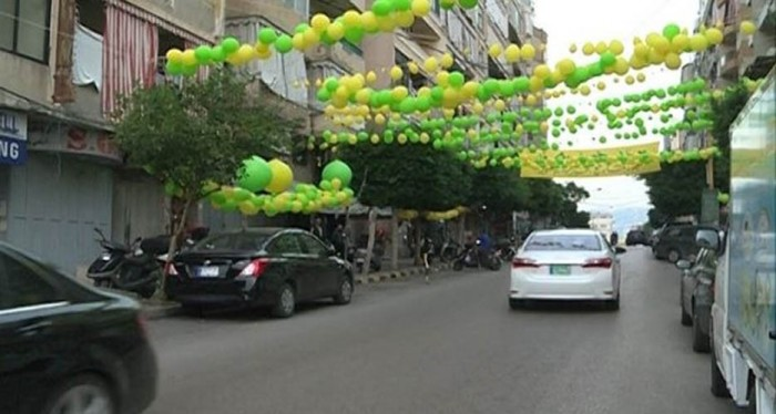 7b58a58f3 يا صور:: شوارع بيروت خالية من زينة المولد النبوي وتملأها صور الحريري... أين  صرف المليون دولار؟