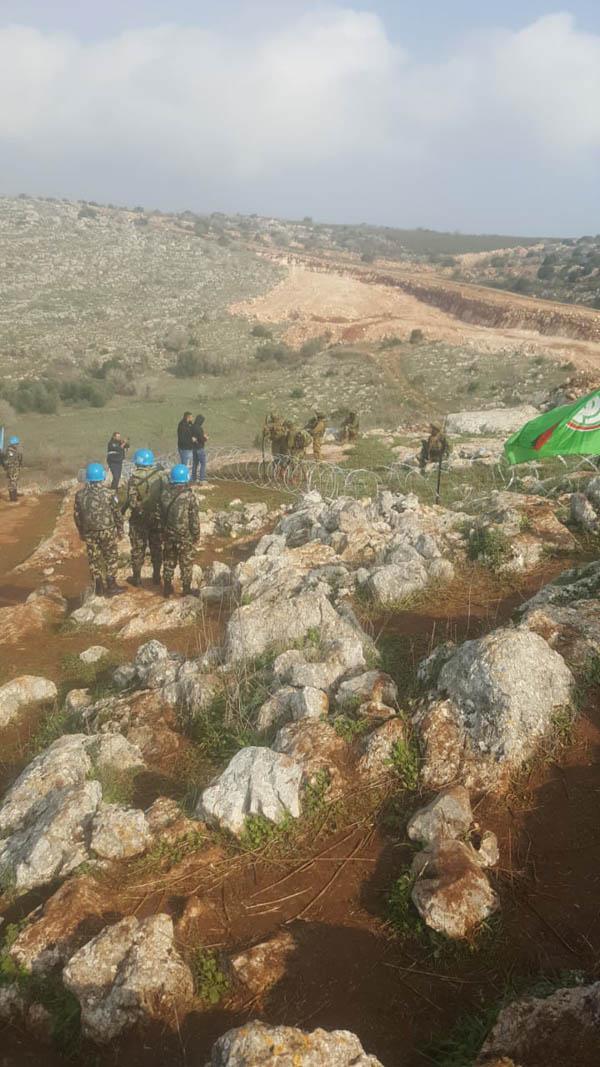 55c669244 يا صور:: بالصور: هكذا أجبر الجيش اللبناني جنود الاحتلال الاسرائيلي ...